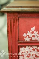 Miss Mustard Seed Milk Paint Curio